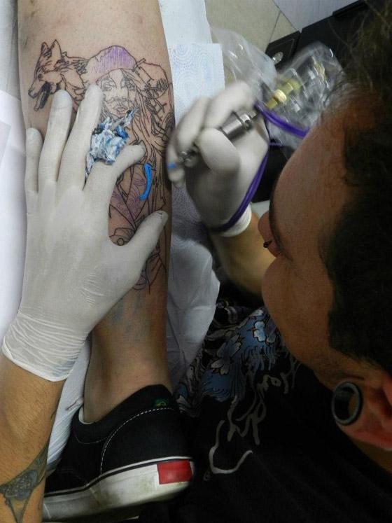 Vantagens De Se Tatuar No Inverno Roll N Rock Tattoo Shop